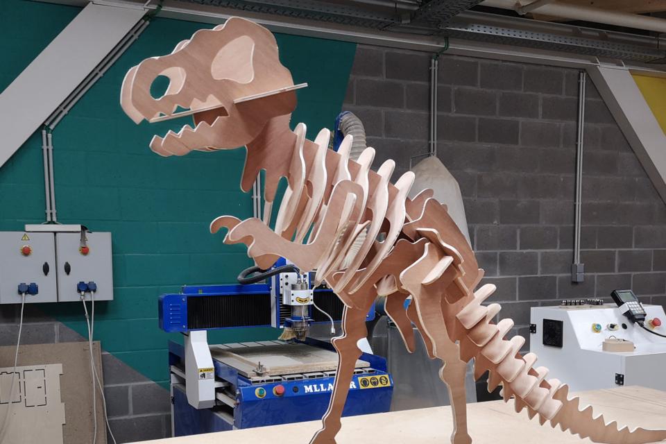 Workshop : Fabrique ton dinosaure géant !